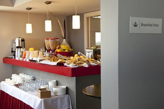 Regency Rambla Design Apart Hotel: Desayuno