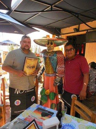 Catrinas Cocina Mexicana: Great staff!