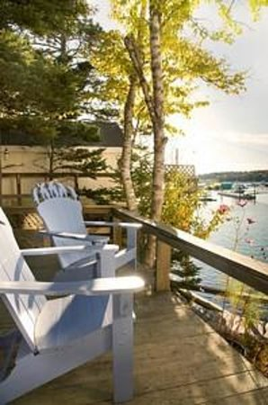 Pier One Vacation Rentals: Fok-Sul Deck