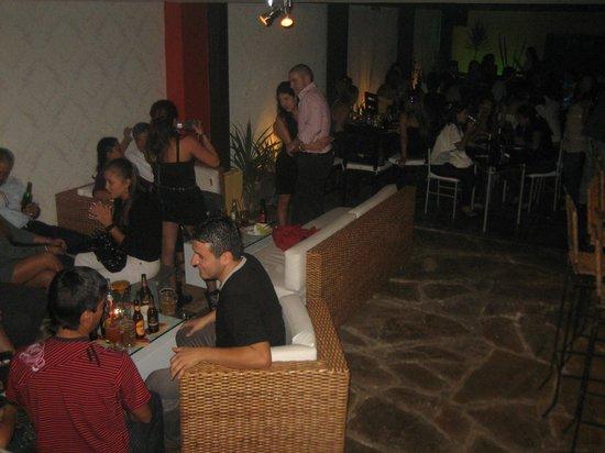 Cirano: Sala Lounge