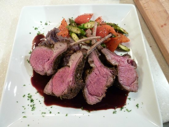 Arnold Black Bear Inn: rack of lamb