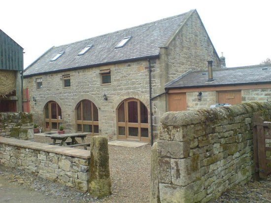 Demesne Farm Campsite & Bunkhouse: The bunkhose is a converted barn
