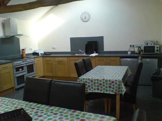 Demesne Farm Campsite & Bunkhouse: Kitchen