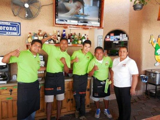 Mango Cantina: Fun staff
