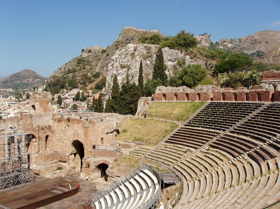 Taxi Taormina Romano Day Tours : Amazing views from the Amphitheare