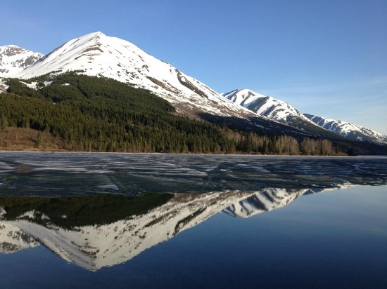 Summit Lake Lodge: Summit Lake