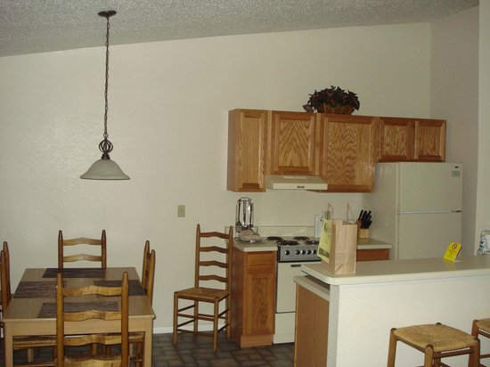 Holiday Inn Club Vacations Ozark Mountain Resort: The Kitchen