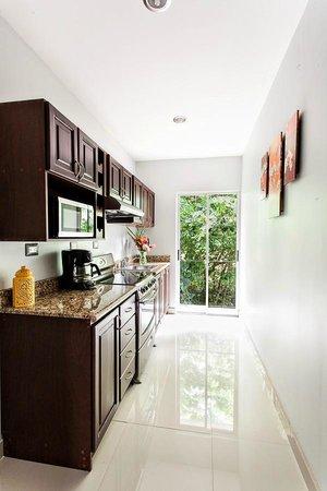Hacienda Pacifica: Apartment´s kitchen
