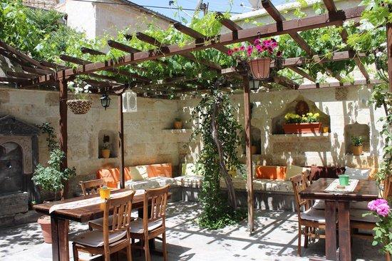 Urgup Konak Hotel: bahçe