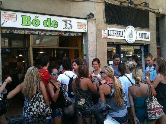 Bo de B   Bocadillos   Sandwiches   Ensaladas frescas   Fresh salads   Barcelona