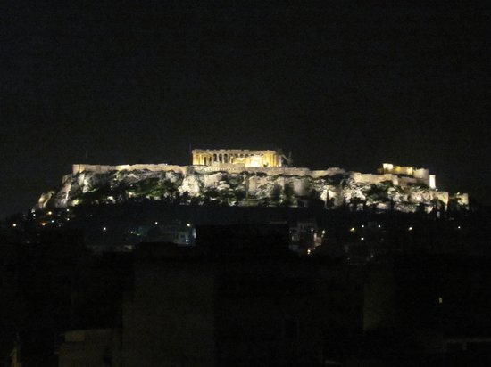 Arion Athens Hotel: Acropolis at night from hotel room terrace