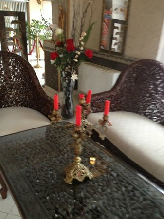 Korona Hotel: Un detalle de la recepción