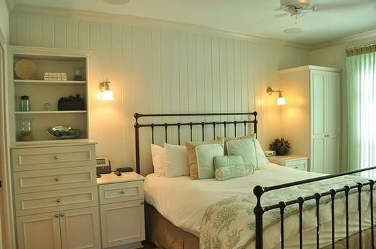 Mainsail Beach Inn: Bedroom I