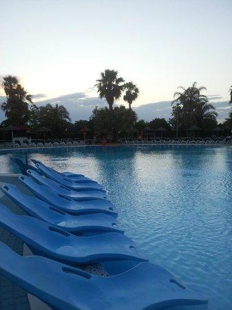Esperia Palace Hotel : La piscina