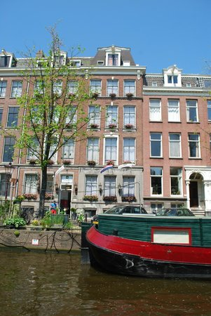 "Prinsengracht Hotel: We went on a boat trip ""Boat like a local"" and suddenly went by our hotel"