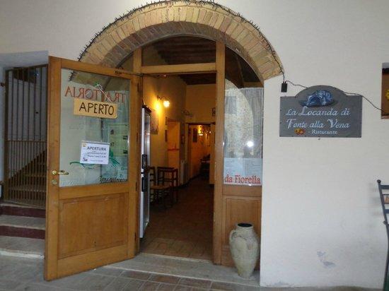 Fonte Alla Vena : entrata del locale