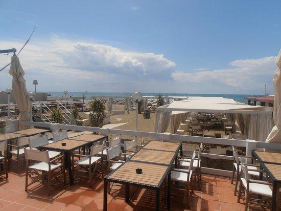 Dehors foto di ristorante bagno italia marina di pisa tripadvisor - Bagno fiorella tirrenia ...
