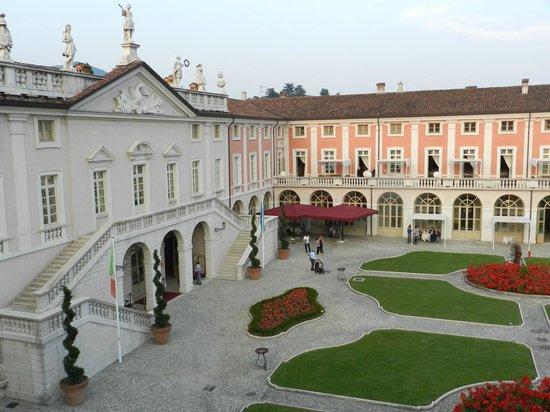 Villa Fenaroli Palace Hotel : esterno giorno