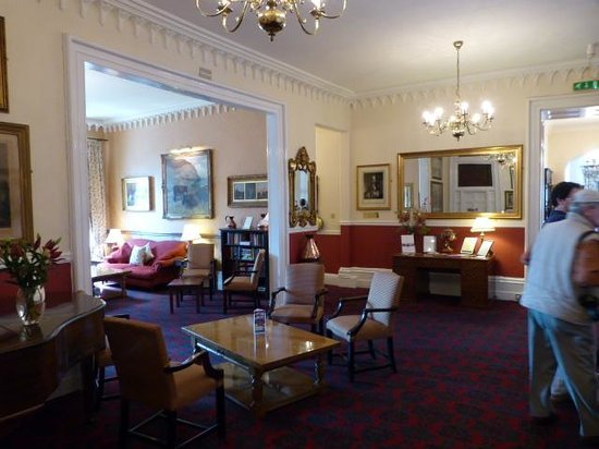 The Bedford Hotel: hotel lobby