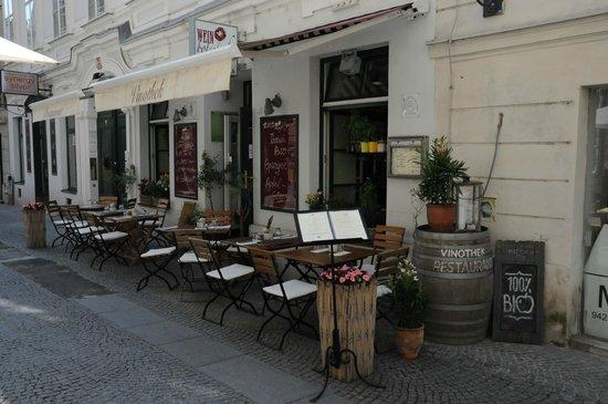 Weinbotschaft: Street view