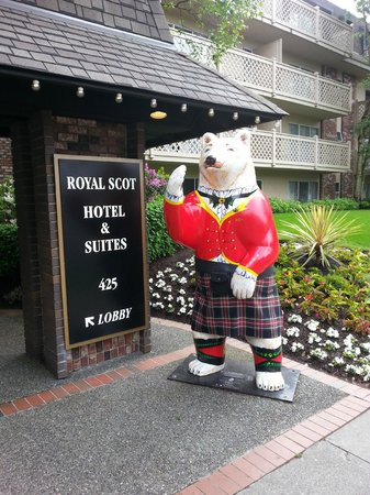 Royal Scot Hotel & Suites: Welcome