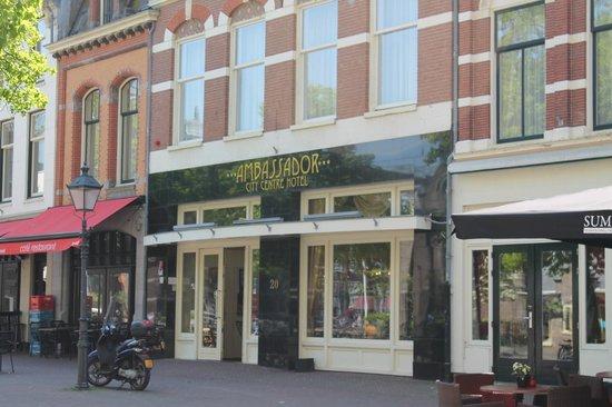 Ambassador City Centre Hotel: 1