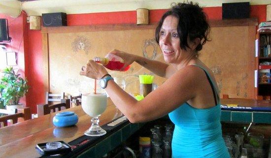 Que Pasa Olas Altas: Awesome bartender Brenda