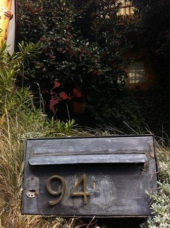 Hostel 41 Below 사진