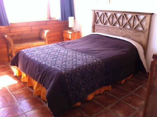 Hostel 41 Below: double bed