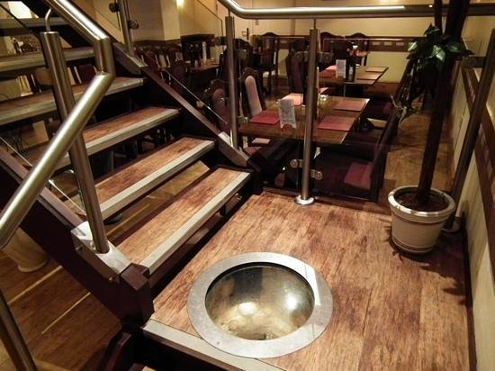 Piccolinos: Downstairs ideal for parties etc.