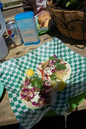 Blue Agate Cafe: Fish Tacos!