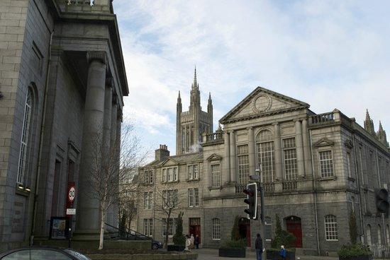 Aberdeen Art Gallery: Art gallery panoramic view