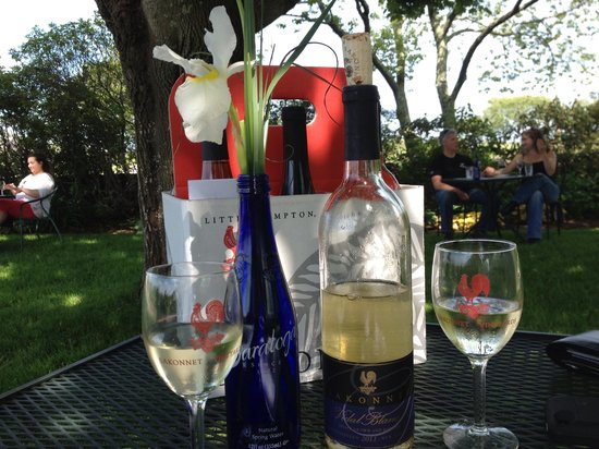 Carolyn's Sakonnet Vineyard : Wine