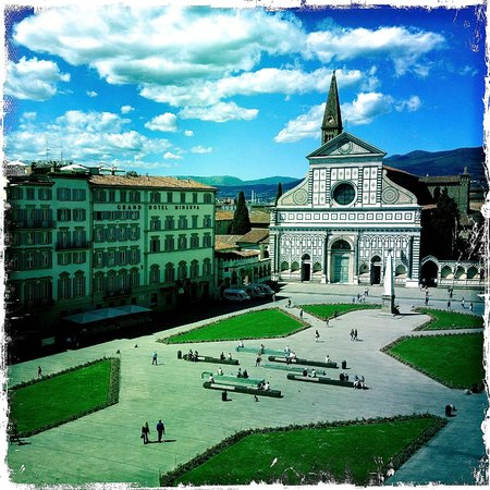 JK Place Firenze: View of Piazza Santa Maria Novella from our room