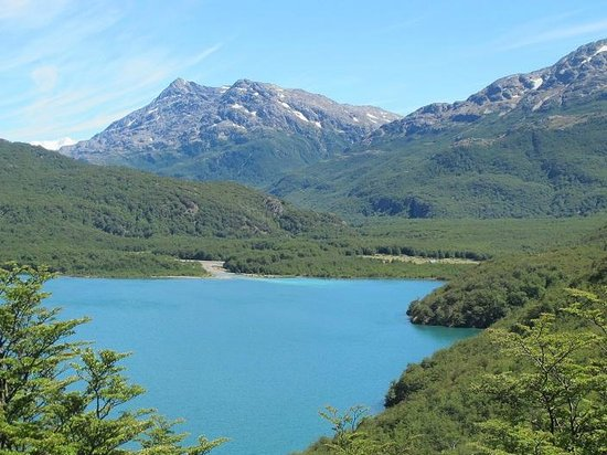 Aguas Arriba Lodge: Cerca de lo de Juana