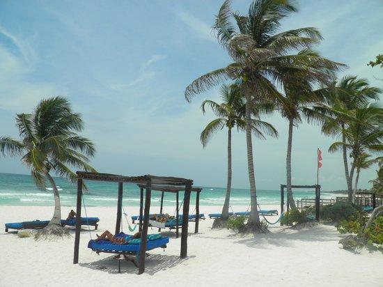 Tulum Hemingway Romantic Cabanas : la playa