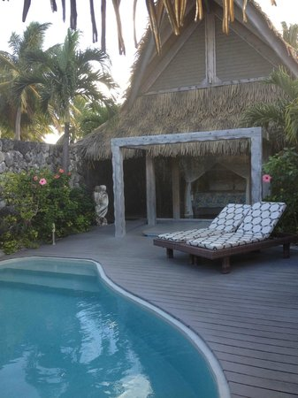 Aitutaki Escape: Our private swimming and spa pool - how cool