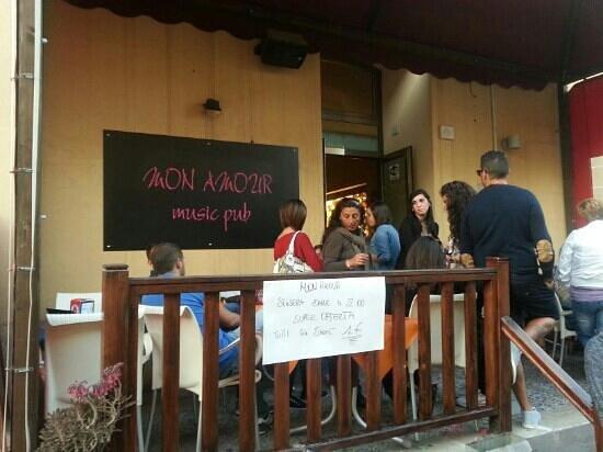 Music Pub Mon Amour : L'ingresso
