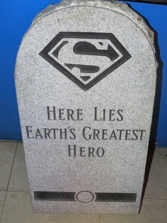 Super Museum: Earth's Greatest Hero