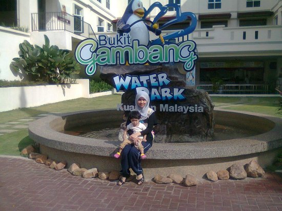 Bukit Gambang Resort City: The water park entrance