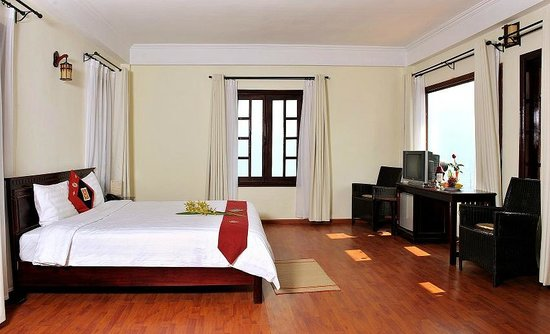 Royal View Hotel : double room