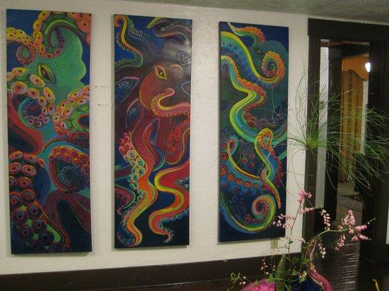 Alwun House: Nice paintings! 1st Friday