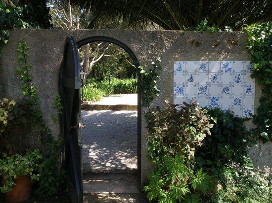 Quinta Colina Flora: Inner Entrance Gate