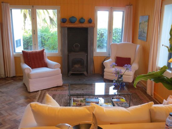 Quinta Colina Flora: Main Quinta Living Room