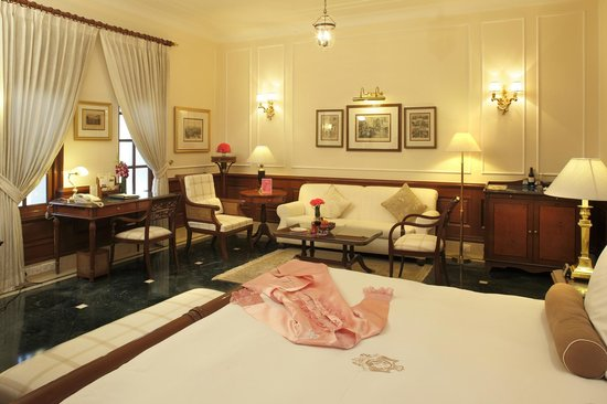 The Imperial Hotel: Eliza Room