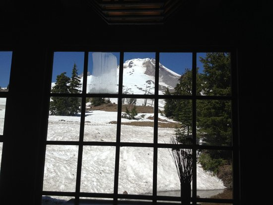 Timberline Lodge: View from the Lodge Dining area!