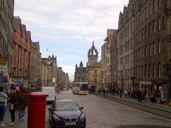 Ibis Edinburgh Centre Royal Mile: The street Royal Mile