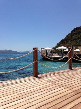 D Maris Bay: een van de beach bars