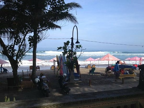 Puri Saron Seminyak: Beach Access