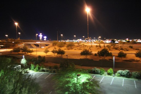 Courtyard by Marriott Phoenix West/Avondale: Panorama di Notte